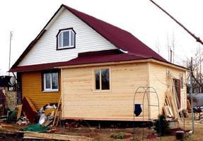 Пристройка к дому из дерева